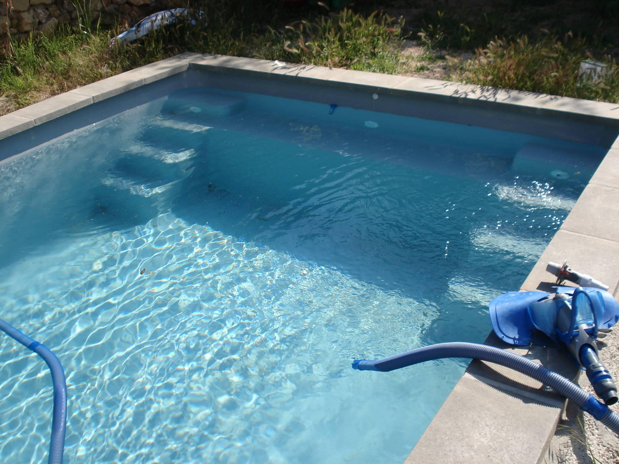 Piscine kit coque polyester bahamas france piscines for Piscine coque kit