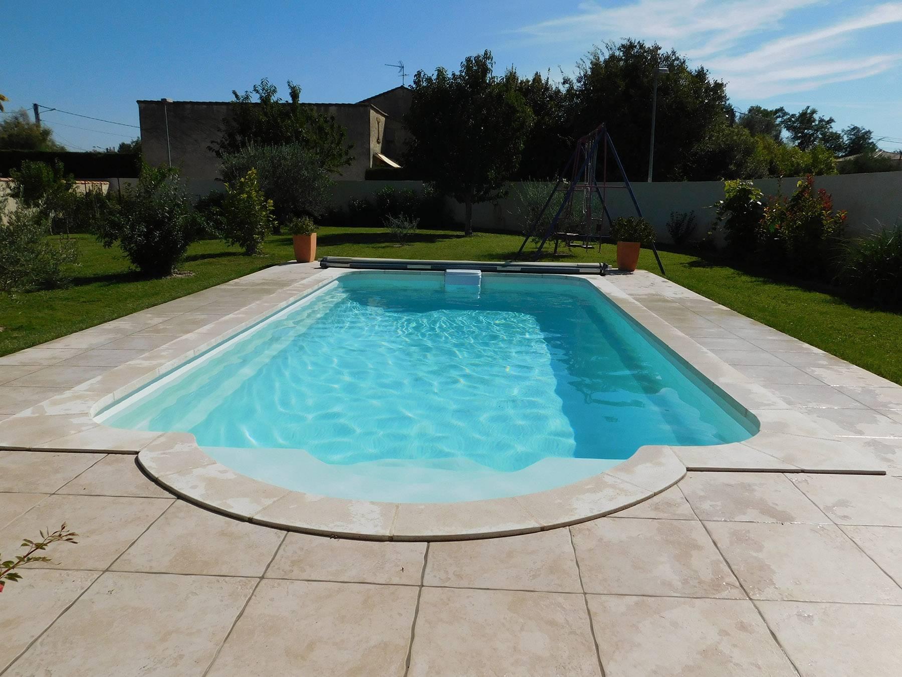 Materiel Piscine La Ciotat vente de piscines declic à coque polyester marseille - ferré