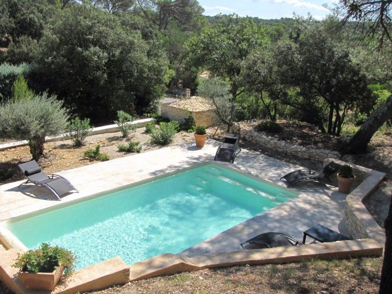 Construction de piscine allauch et marseille ferr for Entretien jardin marseille