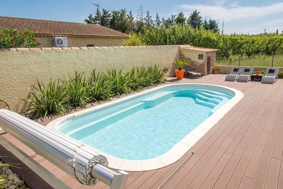 piscine en coque polyester kit jamaique france piscines. Black Bedroom Furniture Sets. Home Design Ideas