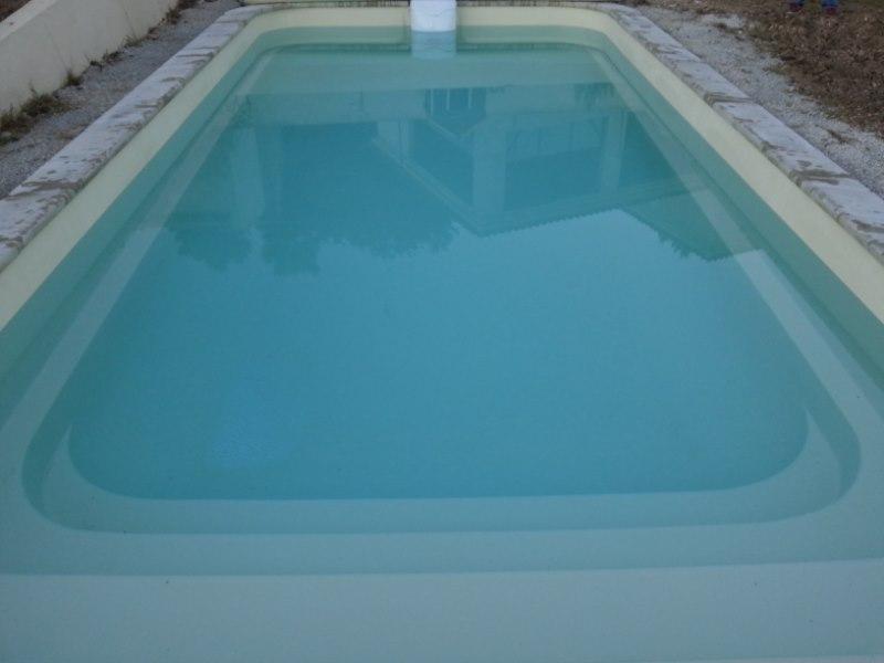 Coque polyester rectangulaire declic r700 ferr piscines for Bassin polyester rectangulaire