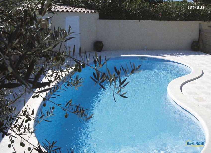France piscine composite best france piscines composites for Axa salon de provence