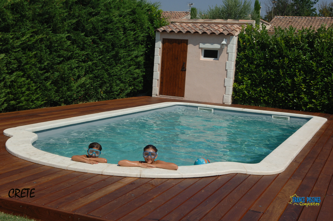 Piscine kit coque polyester crete france piscines for Kit piscine coque polyester