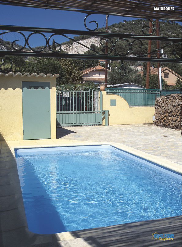 piscine kit coque polyester rectangulaire majorque france piscines composites ferr piscines. Black Bedroom Furniture Sets. Home Design Ideas