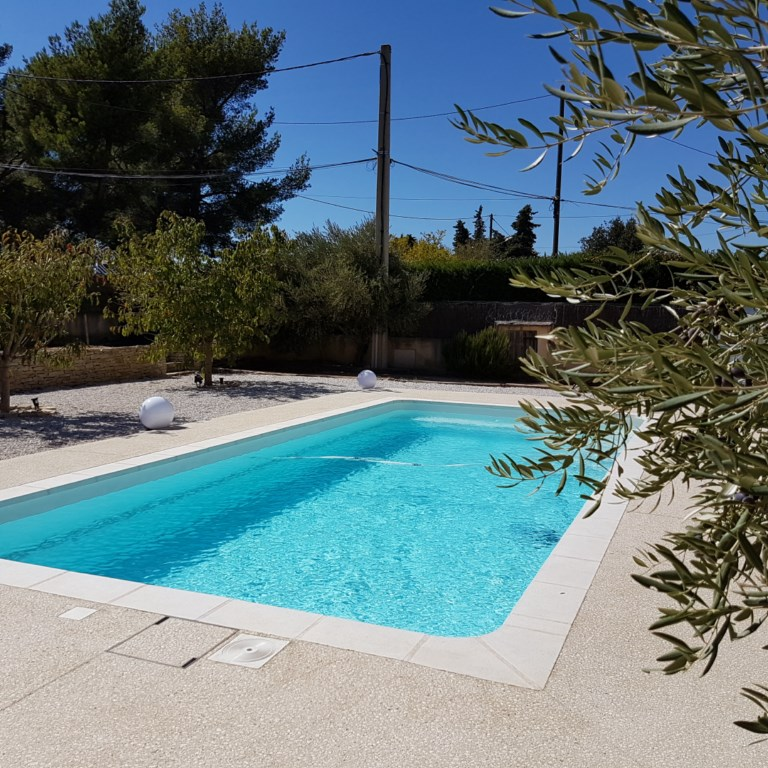 piscine kit coque polyester bermudes france piscines composites ferr piscines. Black Bedroom Furniture Sets. Home Design Ideas
