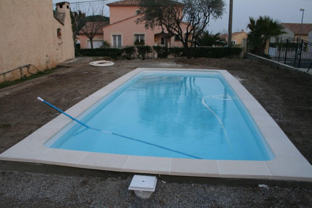 Vente de piscines france piscines composites coque for Prix piscine coque 10x4