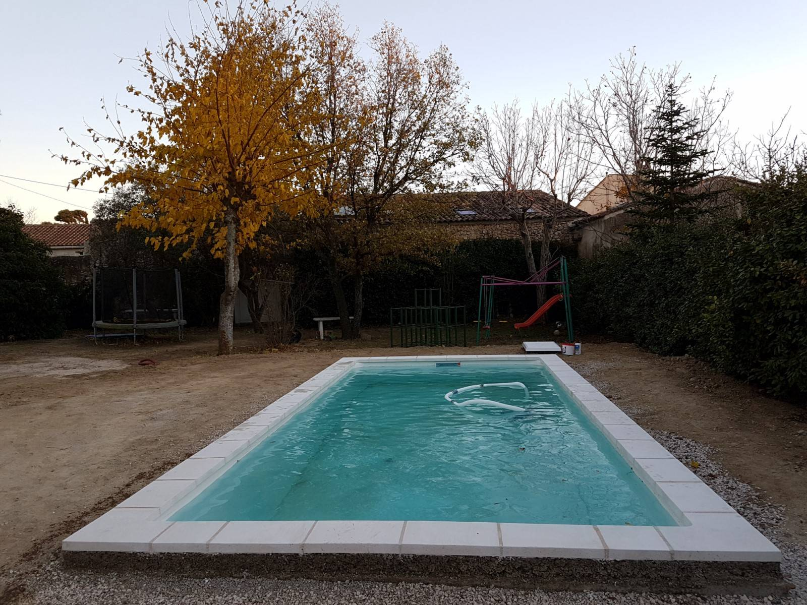 piscine kit coque polyester sicile france piscines composites ferr piscines. Black Bedroom Furniture Sets. Home Design Ideas