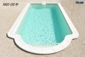Piscine coque polyester AXEO 670 BF ferré piscines 13