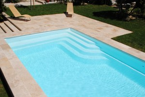 Nos piscines coques polyester france piscines composites for Prix piscine monocoque