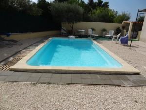 Piscine DECLICR700 avec bloc filtrant FERRE PISCINES Marseille 12°